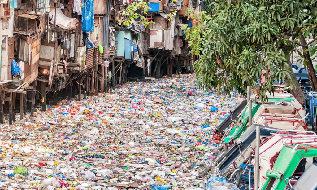 Plastic-pollution-Earth5R-CSR-Corporate-Social-Responsibility-CSR-Environmental-NGO-Mumbai-India